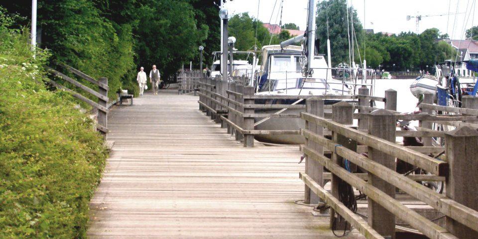Uferpromenade Leer